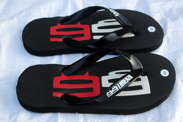 Jorge-Lorenzo-sandal-keren-gaya-sport-mania