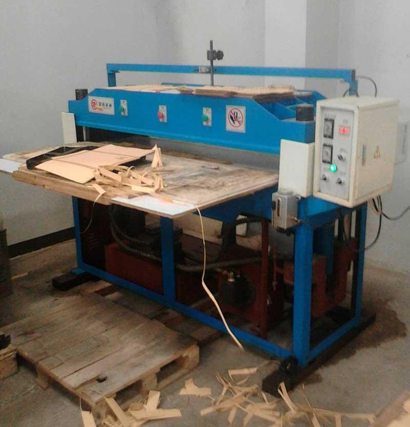 mesin-pond-yang-digunakan-untuk-motong-kertas