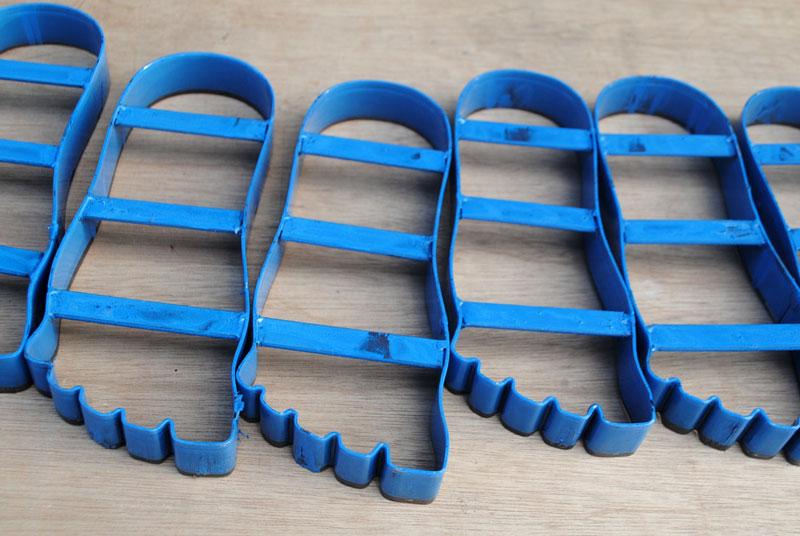 pisau-sandal-sesuai-bentuk
