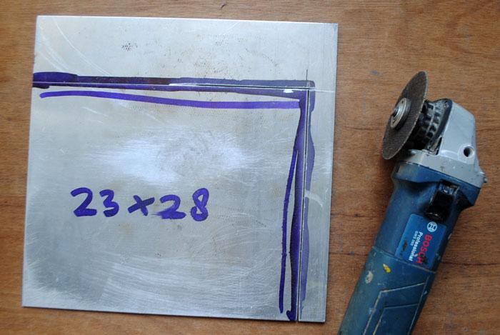 plat-aluminium-tipis-dipotong-sesuai-ukuran