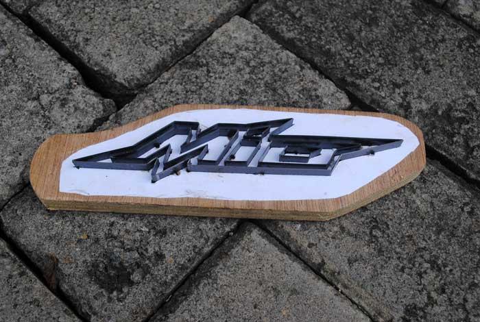 Pisau cutting atau silet untuk sandal yamaha Mio