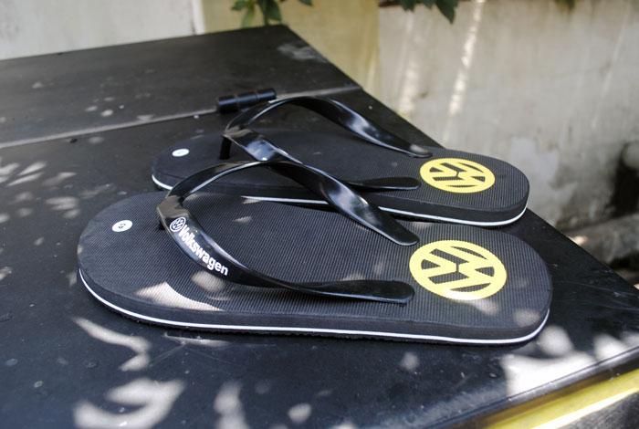Gambar sandal Volkswagen kalau dilihat ditempat terbuka