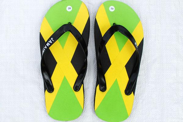 Sandal jamaika yang sudah jadi