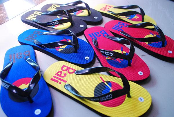 Mau Sari profit rafting sandal? Silahkan datang di Gianyar Bali