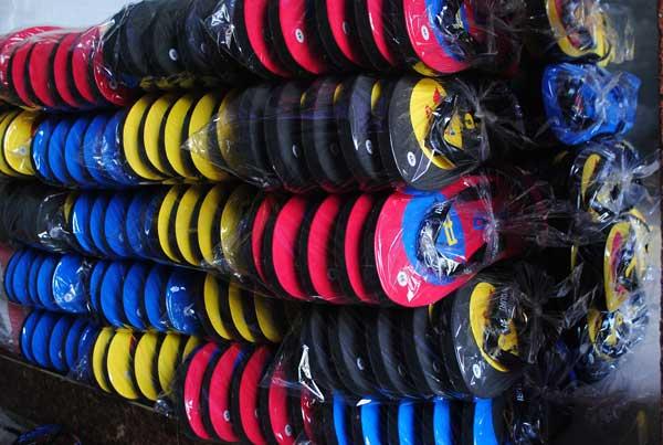 Sandal i love duri souvenir khas kota Duri Riau
