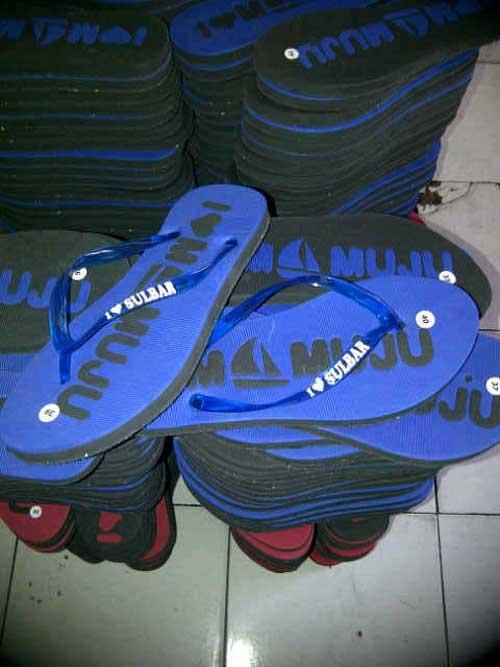sandal-mamuju-sudah-dipasang-japit