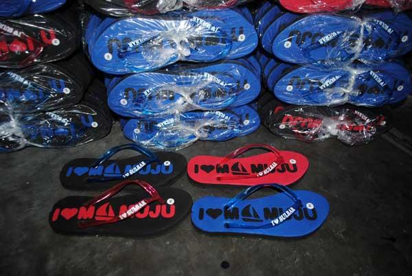 sandal-souvenir-mamuju-siap-kirim