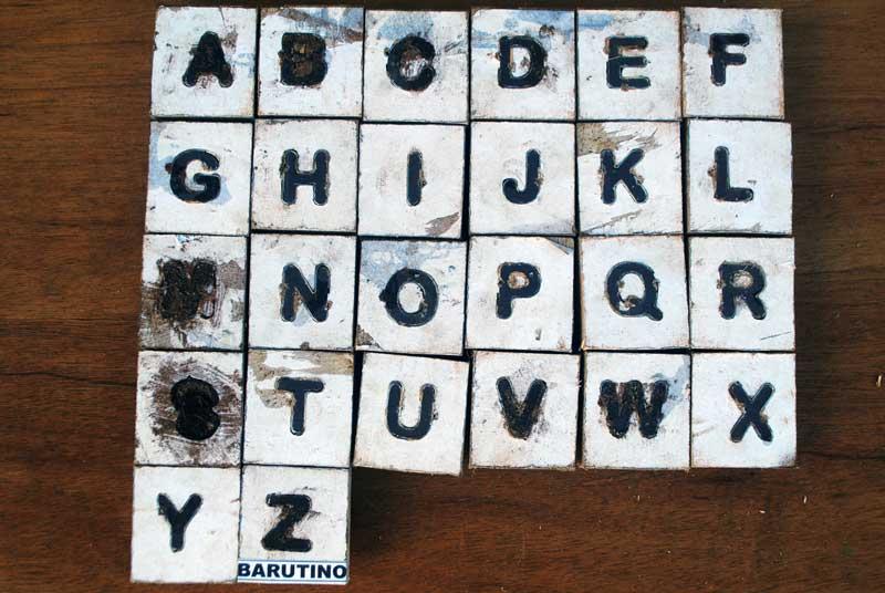pisau-cutting-huruf-untuk-buat-sandal-nama
