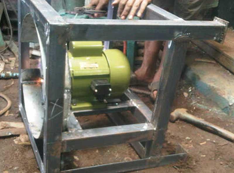proses-pembuatan-mesin-gerinda dirakit