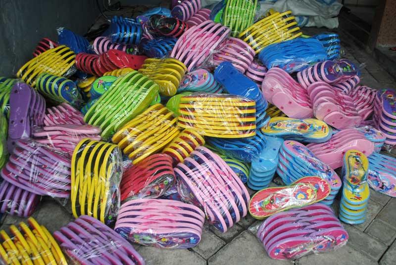 sandal-painan-sumatera-barat