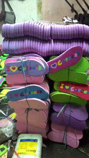 sandal-yang-sudah-siap-diproduksi