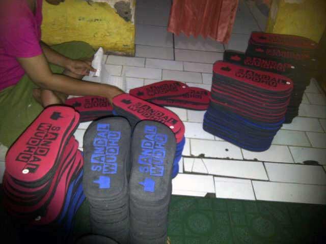 sandal-wudhu-order-khusus