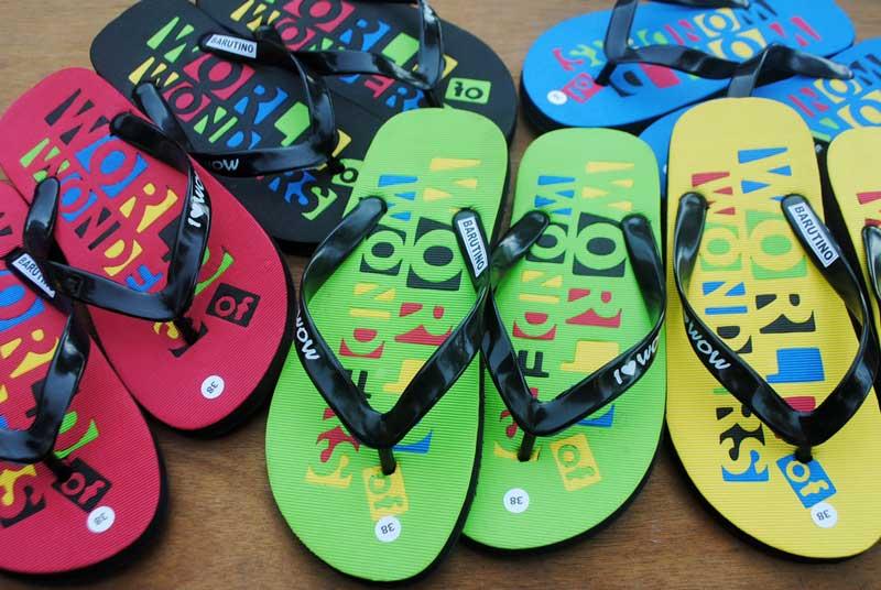 tempat-rekreasi-wajib-menyediakan-sandal-world-of-wonders