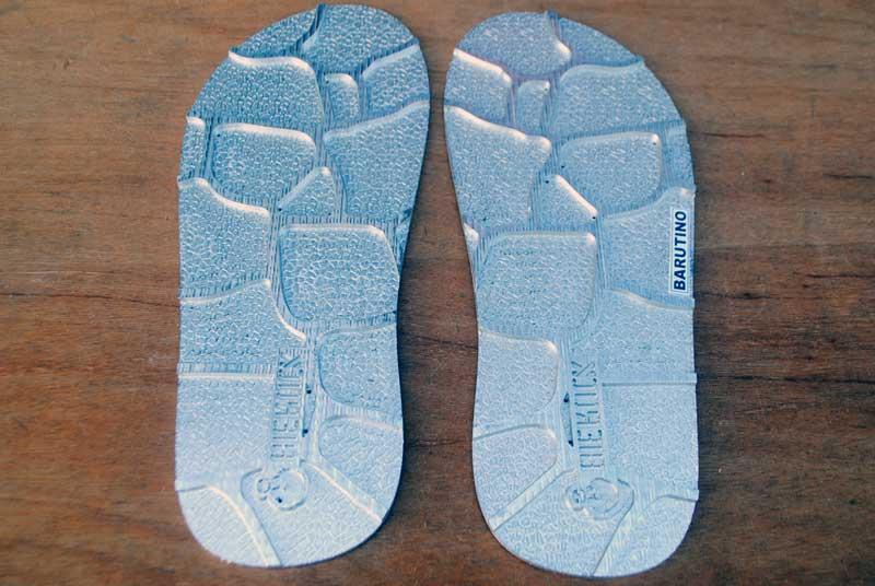 matras-sandal-bahan-aluminium