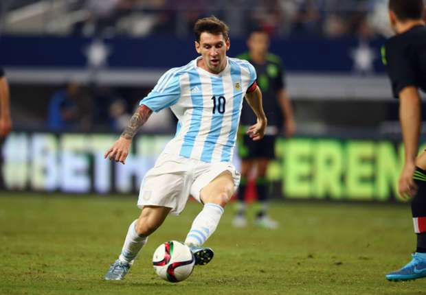 Sumber foto : http://www.goal.com/en/news/8/main/2016/03/08/21115952/messi-returns-but-no-tevez-in-argentina-squad