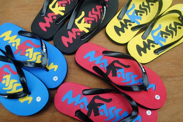 desain sandal makasar yang sudah jadi