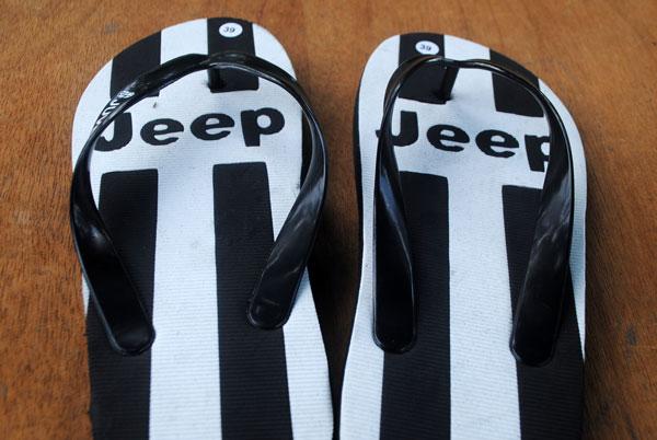 sponsor-jeep-sandal-olah-raga