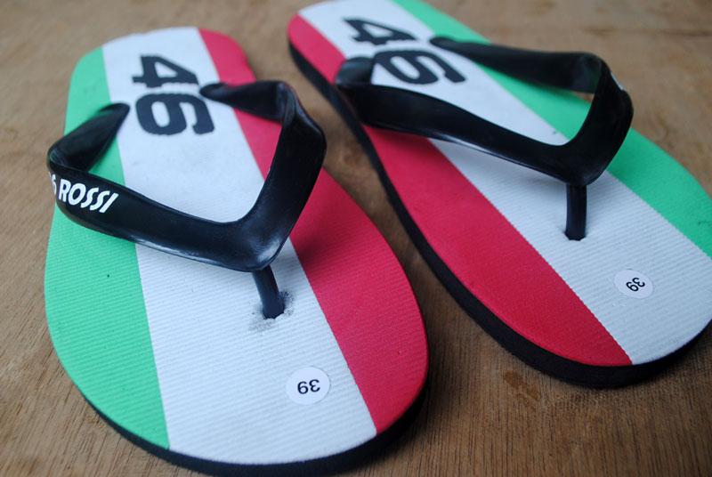 sandal-sport-motogp-untuk-pengemar-balapan