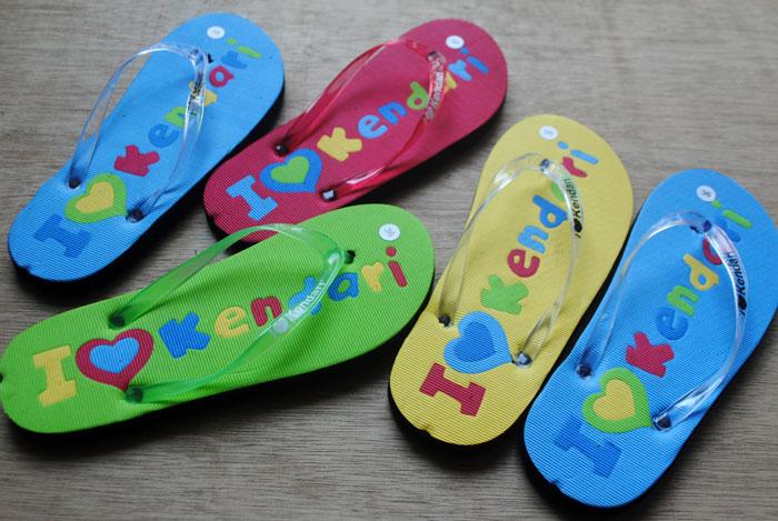 Souvenir sandal untuk Kendari