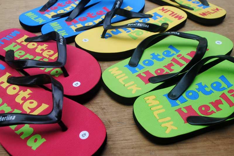 Sandal khusus milik hotel Herlina