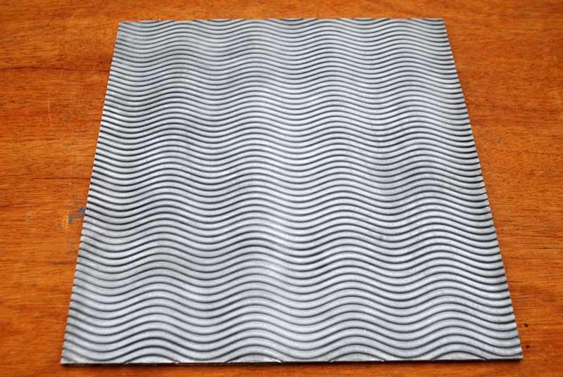 Cara lain membuat motif gelombang pada bahan spon eva