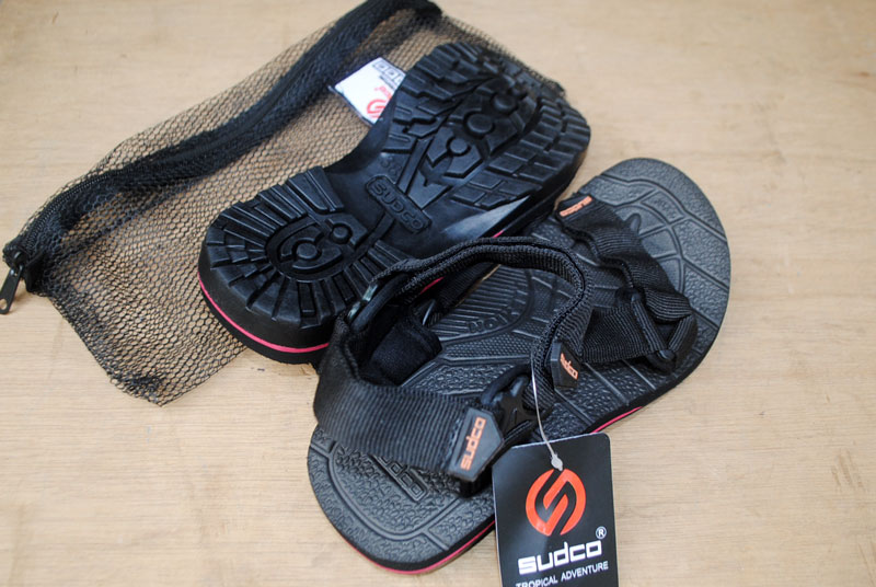 Grosir sandal gunung pria