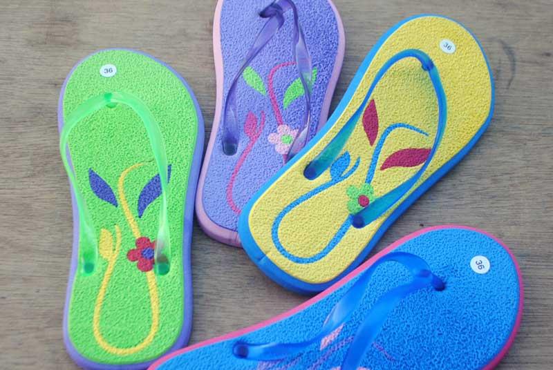 Grosir sandal wanita murah bahan spon eva