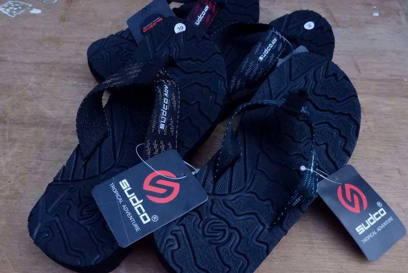 Grosir sandal japit gunung