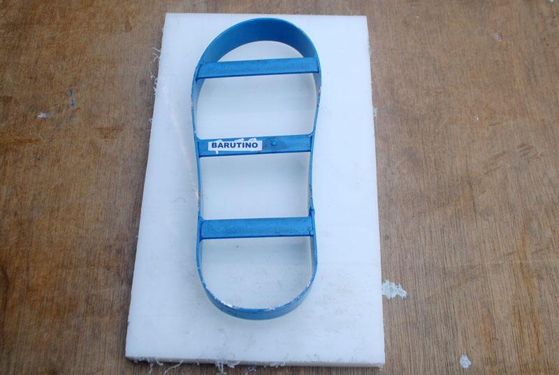Cutting board atau tatakan pisau sandal